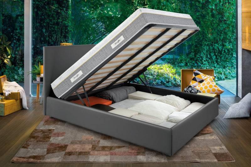 Sano con letto contenitore grigio aperto